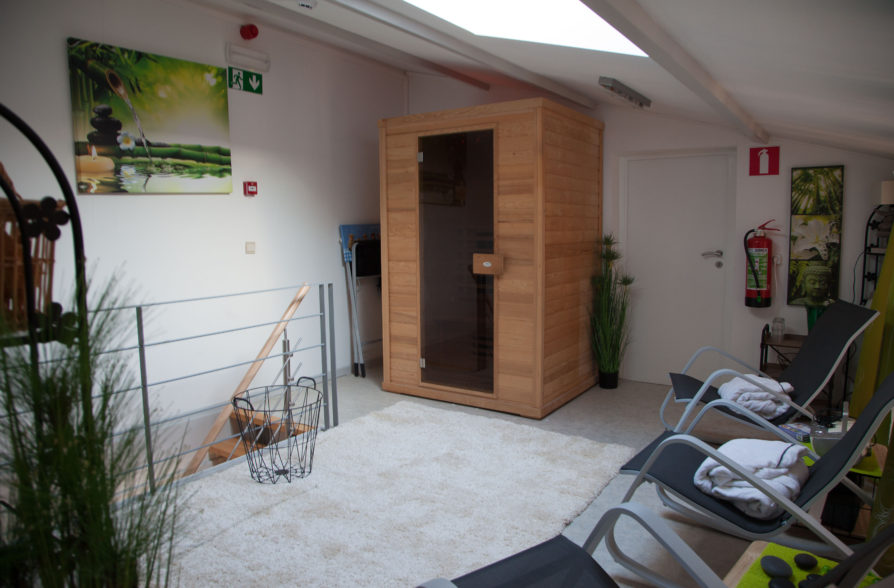 The infrared sauna and its wellness area